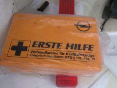 Opel Elsősegély doboz