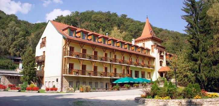 hotel-kulso-3.jpg