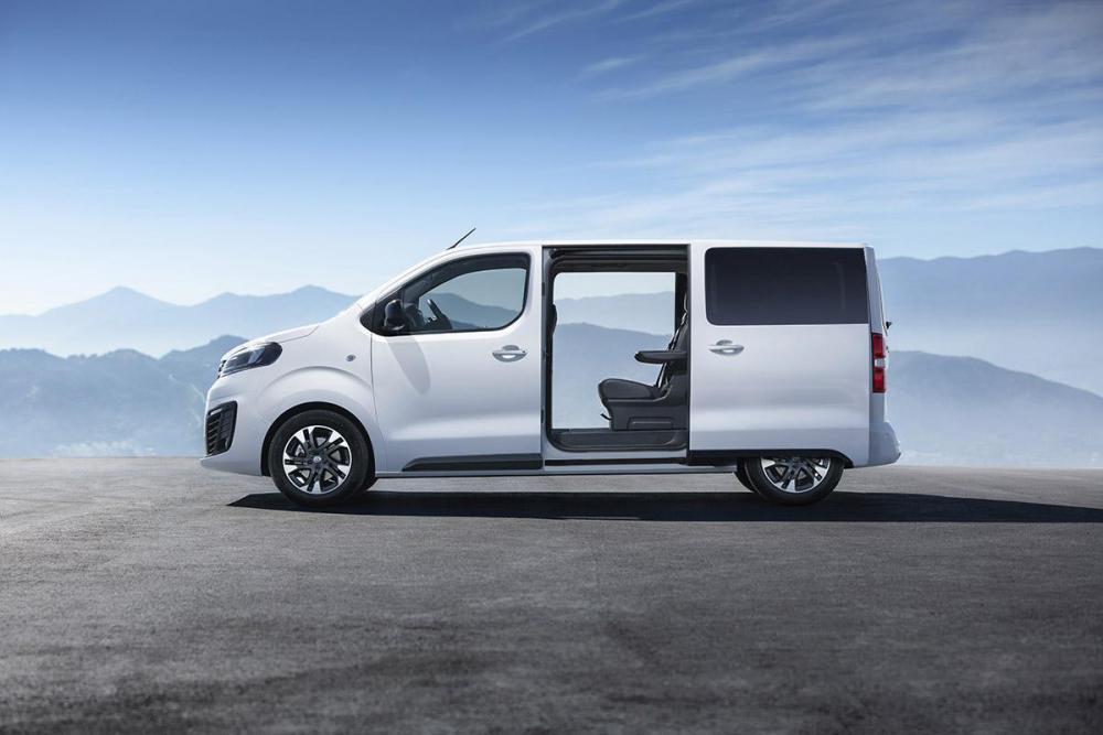 1200_Opel-Zafira-Life-505559.jpg
