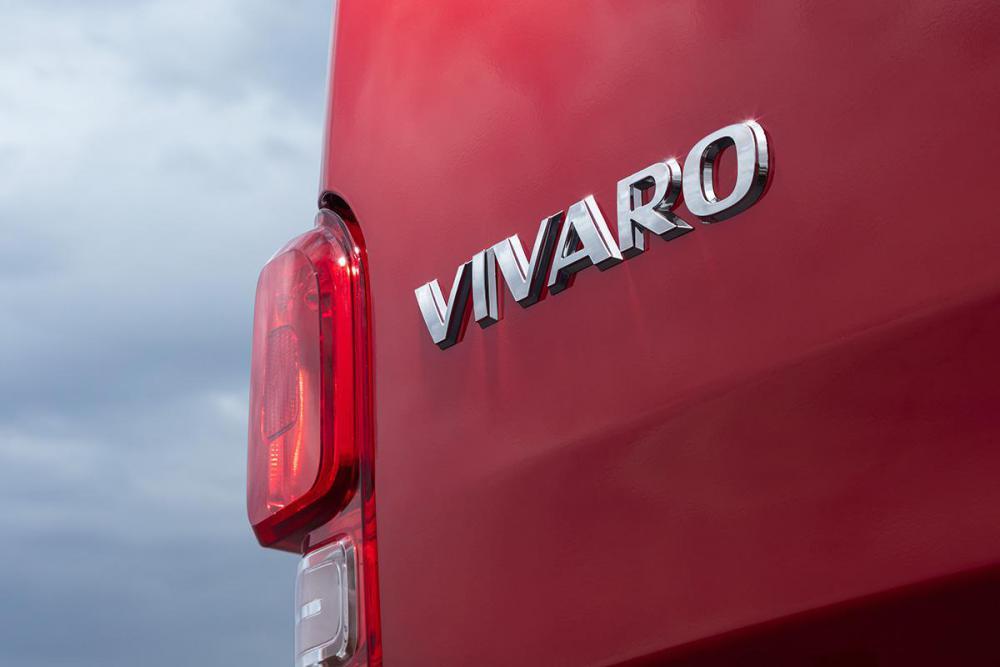 Opel-Vivaro-505764.jpg