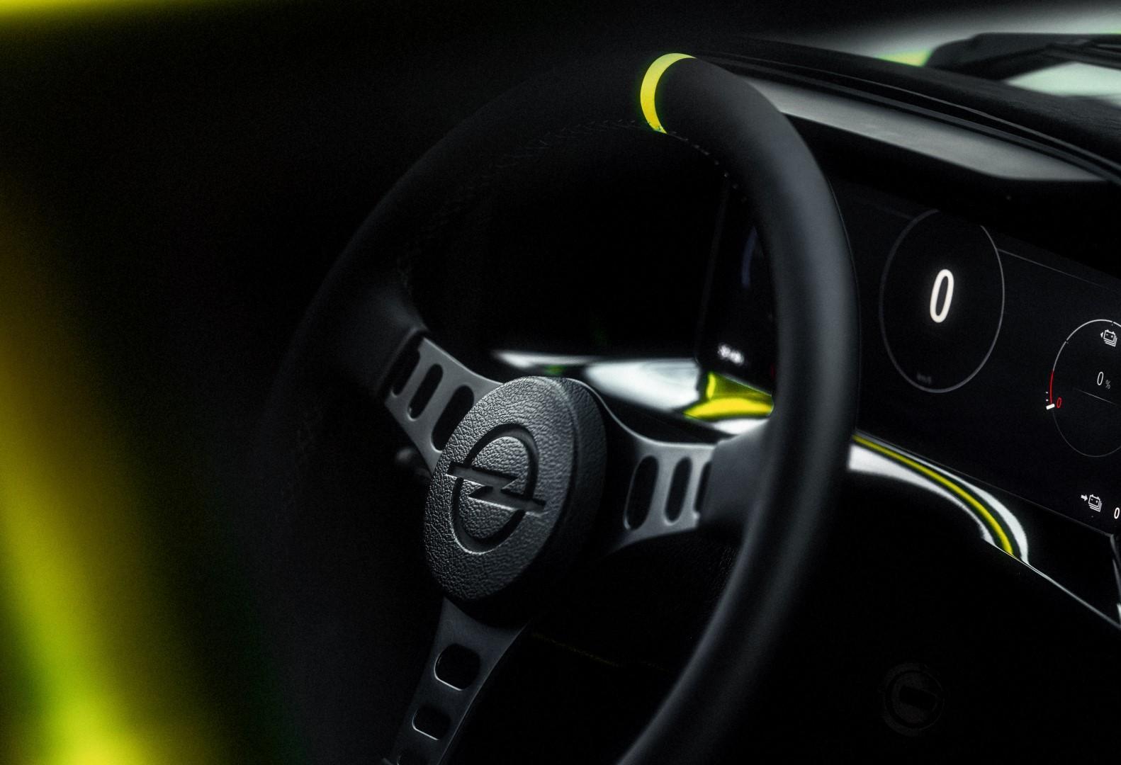 17_Opel-Manta-GSe-ElektroMOD-515670 (Large).jpg
