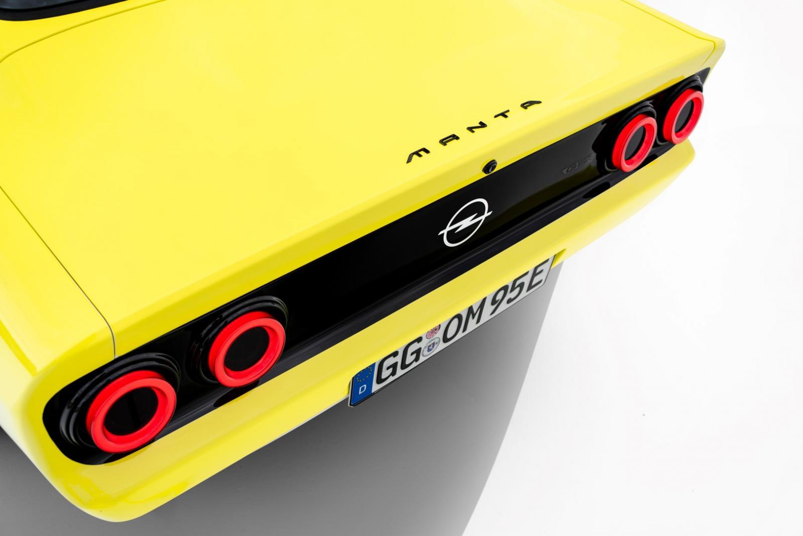 07_Opel-Manta-GSe-ElektroMOD-515663 (Large).jpg