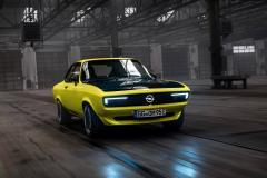 23_Opel-Manta-GSe-ElektroMOD-515657 (Large).jpg