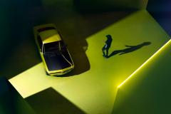Opel-Manta-GSe-514992 (Large).jpg