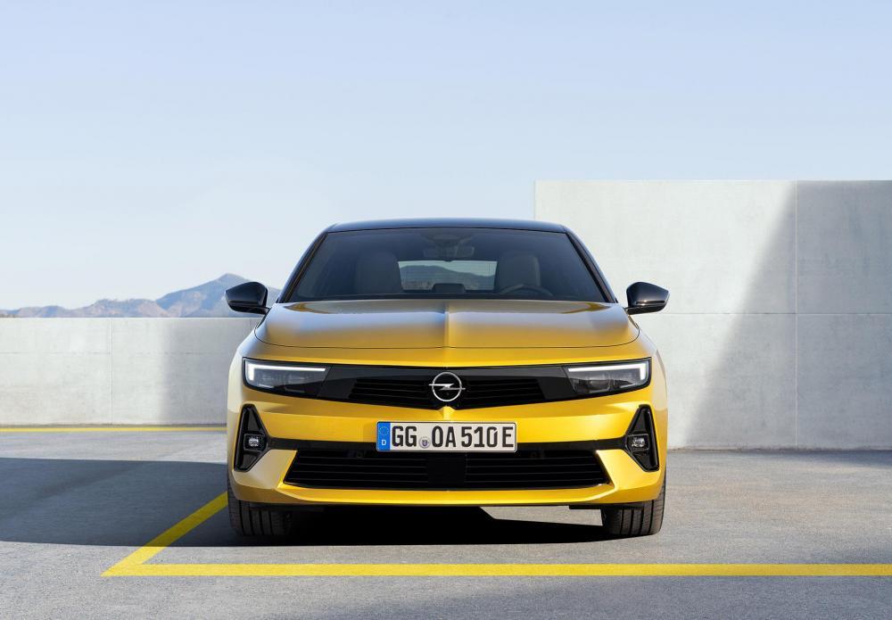 08-Opel-Astra-516129.jpg