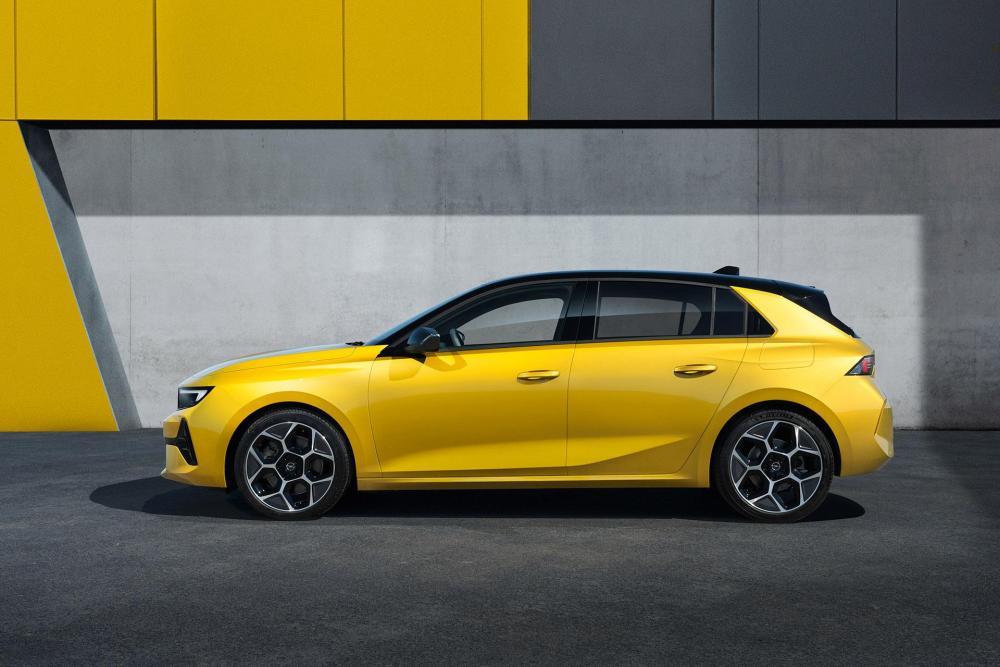 10-Opel-Astra-516131.jpg